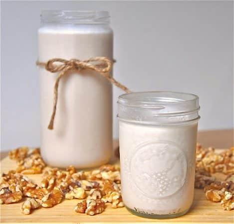 lapte de nuci cu vanilie