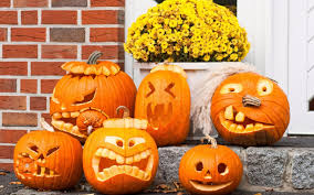 cum sa-ti decorezi curtea cu bostani de halloween