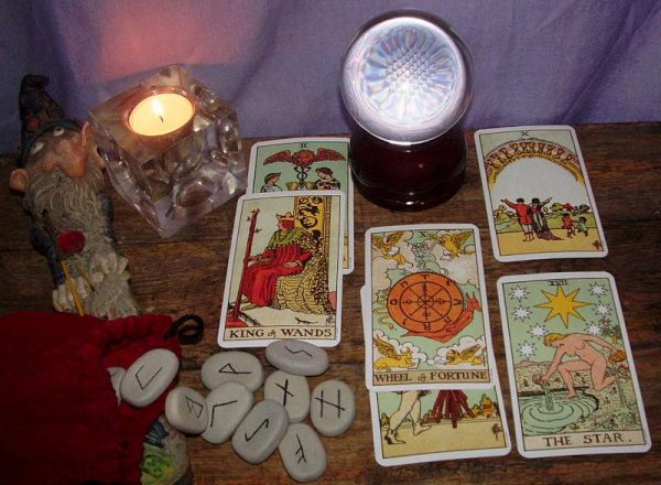 divinatia-naturala-si-divinatia-experimentala