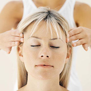 dureri de cap - masarea tamplei
