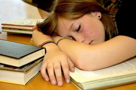 Durerile de cap - cefalee musculara la studenti