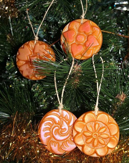 100+ Decoraţiuni, ornamente de Craciun facute manual acasa 15