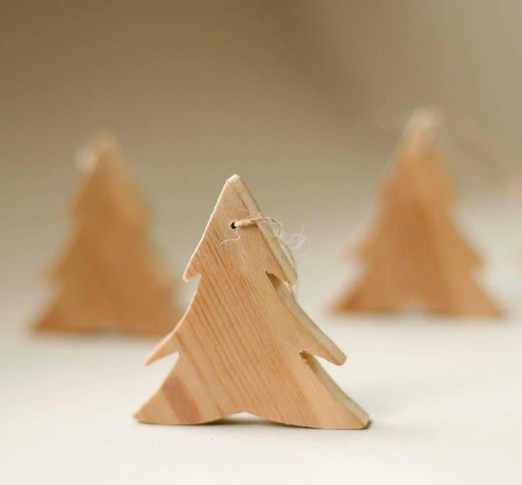 ornamente de craciun din lemn