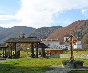 Manastirea Brancoveni sambata de sus