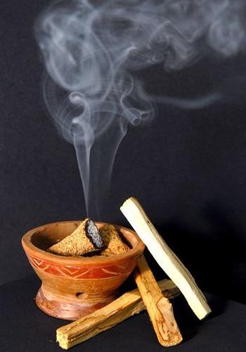 aromaterapia cu palo santo pentru cresterea poftei de viata