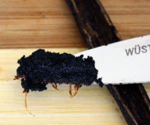 De ce produsele cu vanilie sunt alb-gălbui? 5