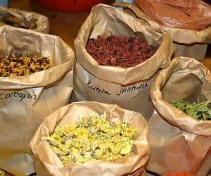 Imaginea thumbnail despre Ambalarea şi păstrarea plantelor medicinale, ierburilor si scoartelor