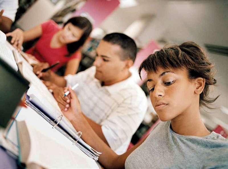 Vrei să studiezi în străinătate? Urmează-ţi visul! 1