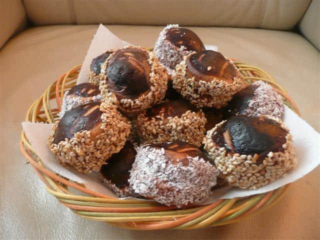 Imaginea thumbnail despre Biscuiti cu susan sau nuca de cocos si crema Nutela