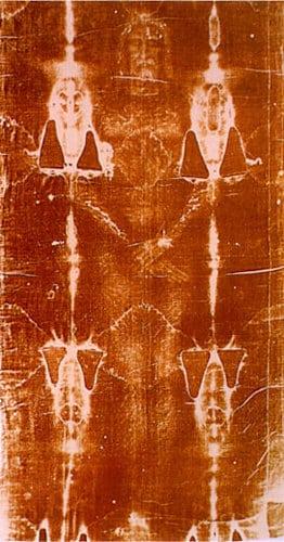 Giulgiul din Torino - Panza de in imprimată cu chipul unui om care a suferit leziuni fizice precum crucificarea