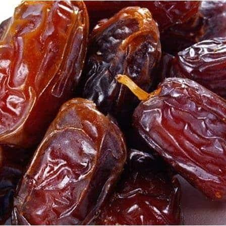 curmalele fructe bogate in fier
