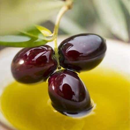 masline negre fructe bogate in fier
