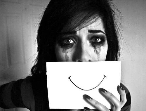 depresia din spatele zambetului