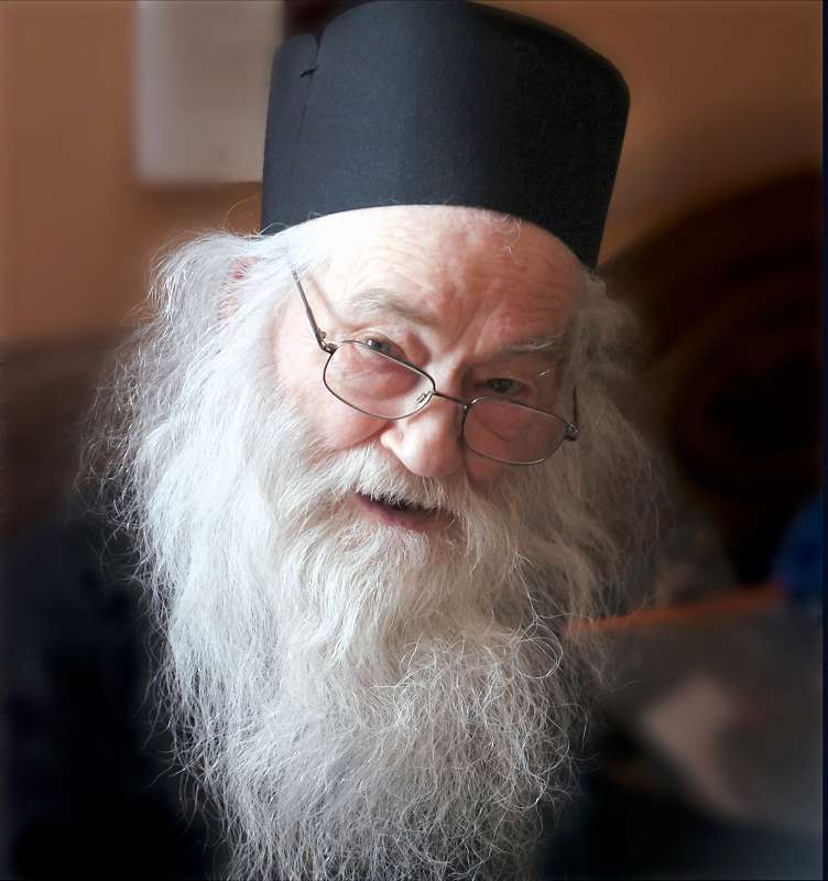 Parintele Iustin Parvu de la Manastirea Petru Voda
