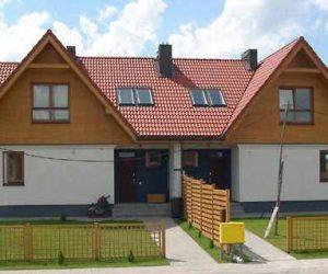 model de casa pe structura de lemn dublu locuinte