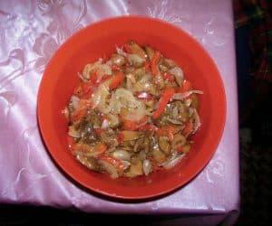 salata de bureti cu ceapa