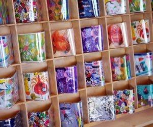 rafturi si cutiute pentru depozitarea lucrurilor marunte