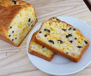 paine cu masline si branza