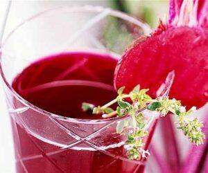 sucul de sfecla rosie - proprietati si beneficii pentru sanatate