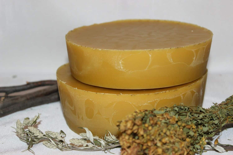 Imaginea thumbnail despre Ceara de albine – Utilizari, beneficii si 8 retete cu ceara