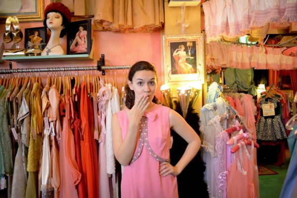 probeaza rochii de inchiriat bucuresti