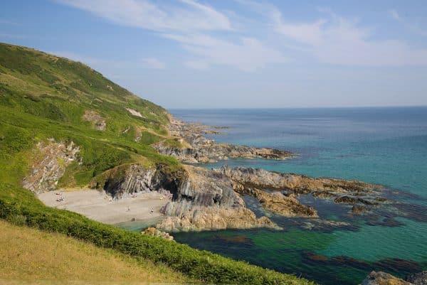 Viziteaza plajele din lansallos