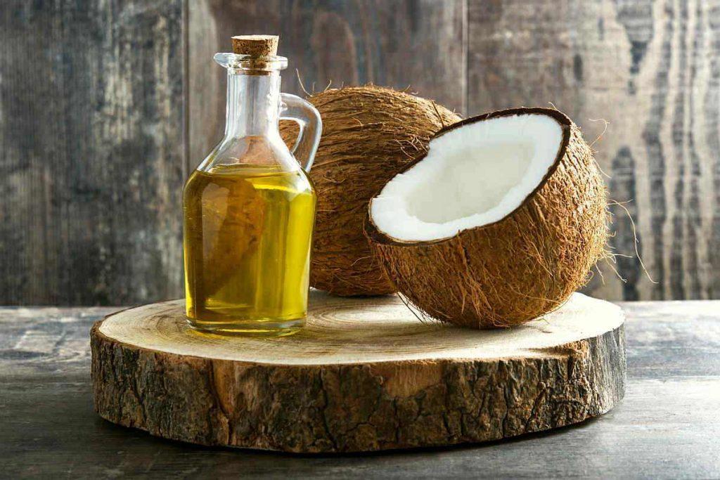 Uleiul de cocos si nucile de cocos