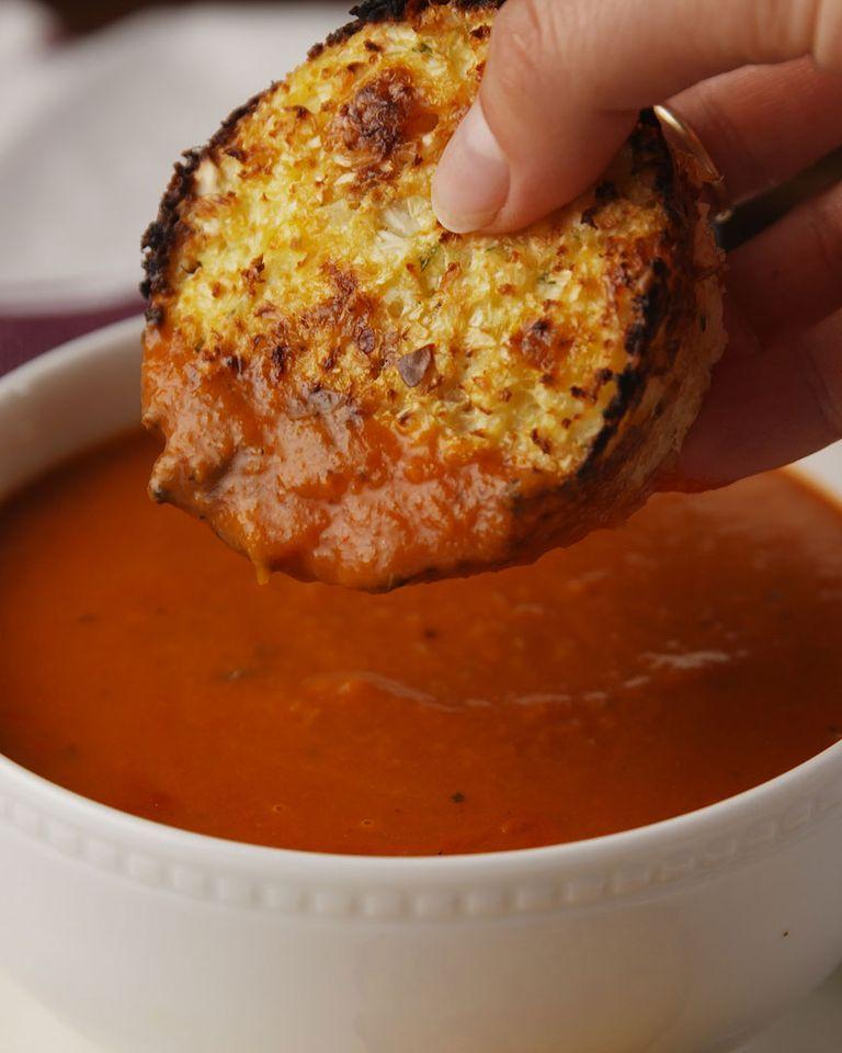 Chiftele de cnopida cu supa crema de rosii