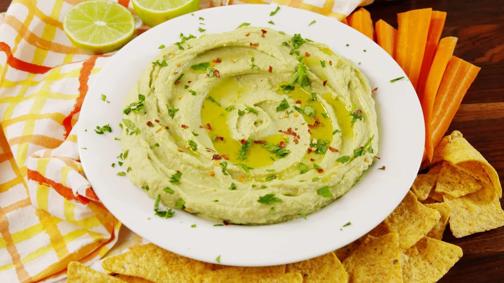 Hummus de avocado