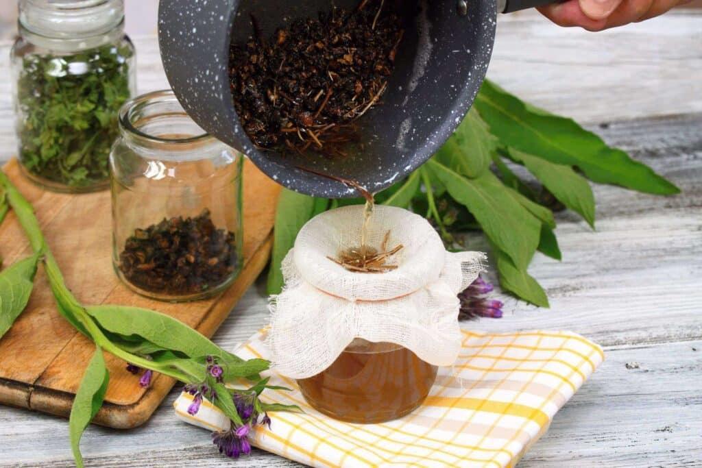 Ceai din radacina de tataneasa